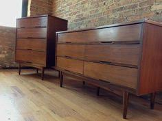 Broyhill Brasilia MCM Bedroom Set Low Dresser King Bedroom And - Mid century modern blonde bedroom furniture