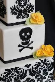 elegant skull u0026 crossbone wedding cake cake wedding cake and