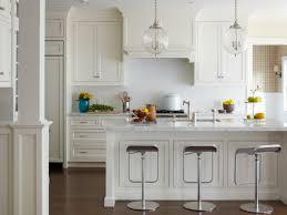 cuisine provencale avec ilot 53 variantes pour les cuisines blanches cuisine blanche marbre