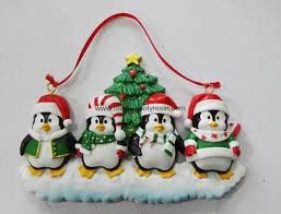 personalized christmas decoration of pengium family mprf3047