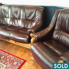 Burgundy Leather Sofa Burgundy Leather 3 Seat Sofa And Reclining Chair