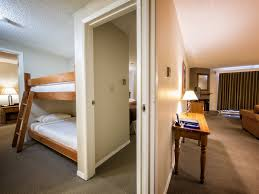 Whistler Hotel Two Bedroom BunkBed Suites Tantalus Lodge - Hotels that have two bedroom suites