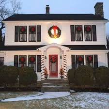 colonial house outdoor lighting best holiday home lighting displays christmas decor and xmas