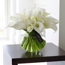 white floral arrangements flower arrangements simple centre pieces a different one
