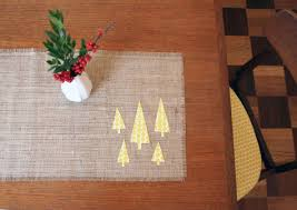 make christmas table runner burlap no sew holiday table runner hear that no sew create a