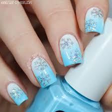 nailsbyerin glitter snowflake nails