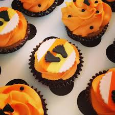Halloween Baby Shower Cupcakes by Halloween Baby Shower Hand Eye Mind Mouth My Halloween Baby