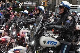 Thanksgiving In New York City 2014 Nypd Boosts Security For Thanksgiving Day Parade In Manhattan