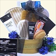 engagement gift baskets who makes great gift baskets to give to guys and celebrate an