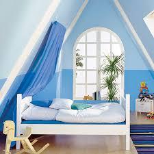 wohnideen schlafzimmer dach schrg 16 praktische wohnideen für ihre dachschräge