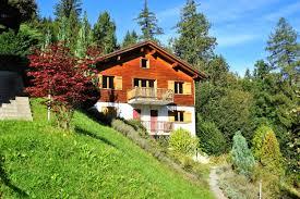 Haus Immobilien Ferienwohnung Kaufen Graubünden Con Haus Schwarzwald Baar Kreis