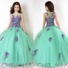 green dresses for weddings wedding dresses green dresses to wear to a wedding green