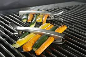 Backyard Grill Wireless Thermometer by 12 Awesome Grilling Gadgets For This Year U0027s Backyard Barbecues