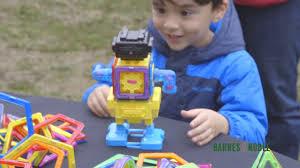 Barnes Nob Barnes U0026 Noble Mini Maker Faire Youtube