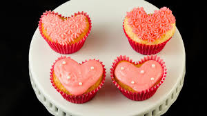 how to make heart shaped cupcakes for valentine u0027s day by cookies