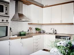 dosseret cuisine tuile subway blanche pour la cuisine idã es de dosseret blanc laqué
