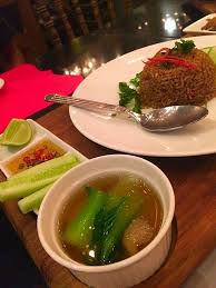 cuisine ferme ข าวผ ดกระเพราปลาสล ดทอด ร าน la ferme wongnai