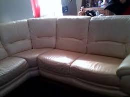 troc canapé troc canapé d angle en cuir beige troc troc meubles décoration à