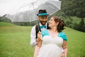 parapluie mariage faire ses photos de sous la pluie mademoiselle dentelle
