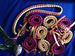 graduation leis graduation leis set of 10 school colors maroon and gold