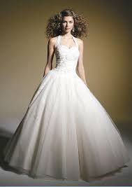 preowned wedding dresses five tips for selling a wedding dress on consignment