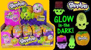 shopkins halloween surprise pumpkins glow in the dark candy