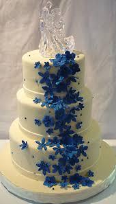 wedding cake royal blue weddings ivory and royal blue wedding cake dont like the topper