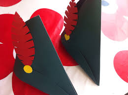 How To Make A Robin Hat Out Of Paper - robin hat ruthduckblue