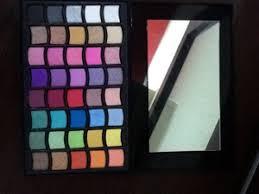 Eyeshadow Qianyu inside and outside qianyu shimmer eyeshadow palette