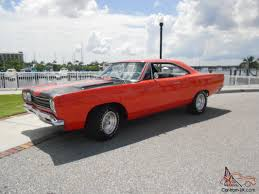 plymouth roadrunner hemi orange 440