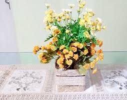 dalia in vaso vaso caixa de palha e flores artificiais dalia decor elo7