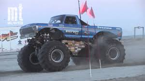 the monster truck bigfoot tmb tv mt unlimited moment retro bigfoot monster truck