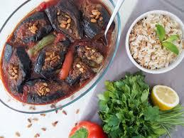 boeuf cuisiné another chef mnazalet bitinjan aubergines farcies au boeuf