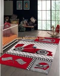tapis pour chambre garcon tapis pour chambre de garçon crème et gris voiture f1 speed within