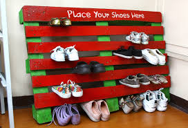 how to make a shoe rack out of a pallet 7 steps with pictures
