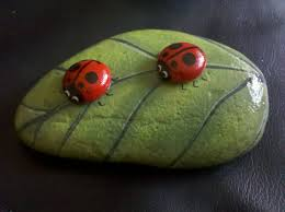 cool easy rock painting bugs patterns ideas