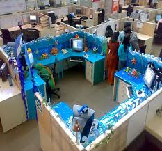 Office Desk Decoration Themes Cubicle Decoration Themes With Blue Colors Cubicle And Computer