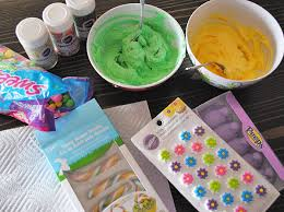 Easter Decorating Ideas For Cupcakes by How To Make Easter Basket Cupcakes 5 Minutes For Mom