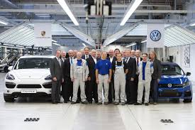 volkswagen germany factory 2015 porsche cayenne facelift to also be built at vw u0027s osnabrück