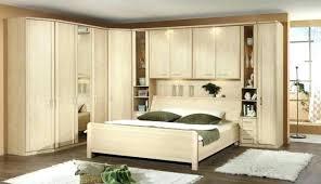 dressing chambre à coucher linterieur de la maison blanche mur darmoire chambre a coucher