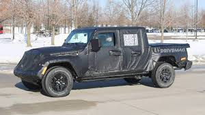 jeep truck spy photos we spy the 2019 jeep scrambler pickup truck