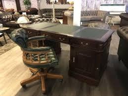 bureau chesterfield oud engelse antieke bureaus klassiek chesterfield