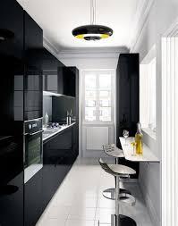 cuisines petits espaces attractive amenager une cuisine en longueur 10 cuisines petits