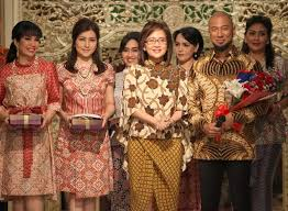 Batik Danar Hadi inilah wajah baru rumah batik danar hadi di jalan raden saleh