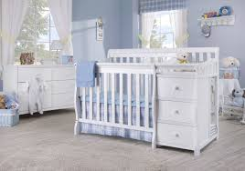 Crib Converts To Bed by Sorelle Newport 2 In 1 Convertible Mini Crib U0026 Changer U0026 Reviews