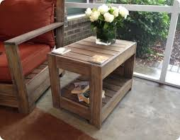 Making Wooden End Tables by Best 25 Outdoor Side Table Ideas On Pinterest Easy Patio