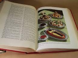 le larousse de la cuisine librairie ancienne et autres trésors a table la première