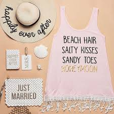 honeymoon shower gift ideas 587 best engagement wedding gifts images on diy