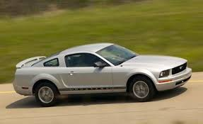 2007 ford mustang 2007 ford mustang v 6 feature features car and driver