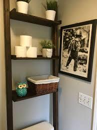 Diy Leaning Ladder Bathroom Shelf by